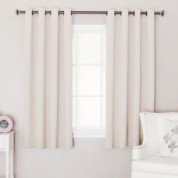 What Is The Best Length For Your Bedroom Curtain    Best Down     bedroom curtain length 3