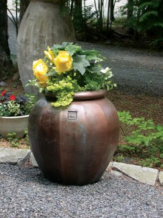 urn with flowers in it