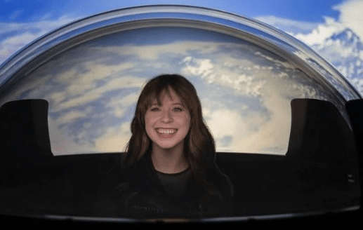 SpaceX Added A Glass Dome To Its Dragon Capsule So Astronauts Can Enjoy The View