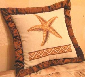Cross stitch pattern FREE download instantly in a PDF file, to embroider a starfish cushion