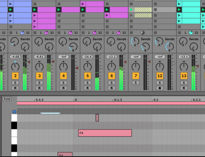 Ableton Live Software showing Sketch, tweak and experiment