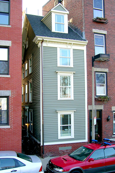 Boston Narrow Escapes SS Skinny Homes around the World