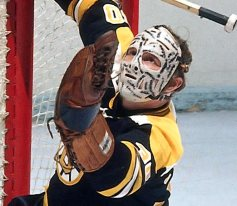 Gerry Cheevers backstopped some legendary teams in Boston and had the mask to match their toughness. Photo: Denis Brodeur/NHLI via Getty Images