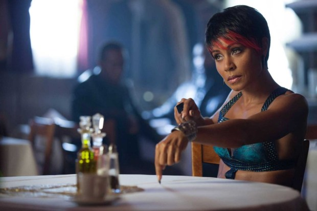 """Jada Pinkett Smith as Fish Mooney in Gotham - """"The Penguin's Umbrella"""" Image Provided by Channel 5."""