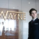 """David Mazouz as the young Bruce Watyne in Gotham's """"The Blind Fortune Teller"""""""