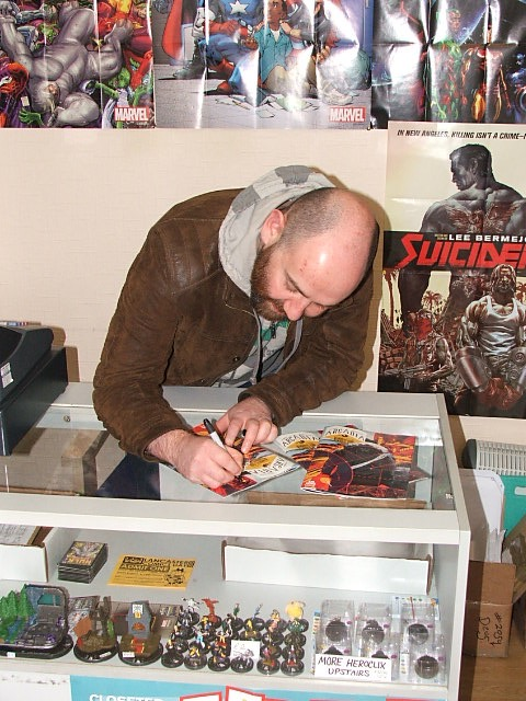 Arcadia writer Alex Paknadel  signing Arcadia #1 at First Age Comics