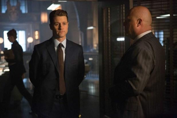 Ben McKenzie as Detective James Gordon and Michael Chiklis as Nathaniel Barnes