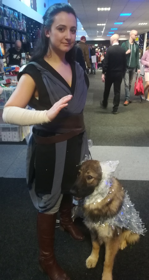 Rey and Crystal Fox cosplay. Photo: Colin Noble