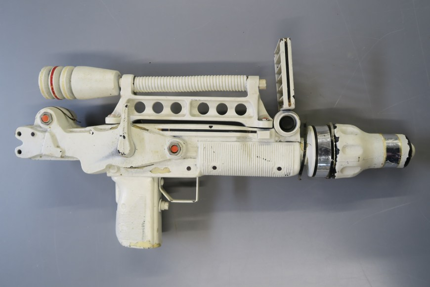 James Bond Moonraker Pistol