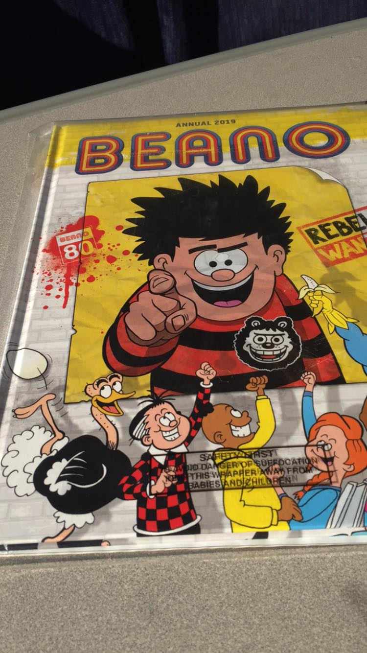 A limited distribution giveaway with the Benao 3977 - but it seems you'll have to head to your local WHSmith at a railway station to find a copy, as it's not available in every WHSmith outlet