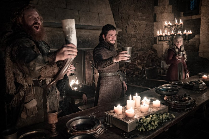 """Game of Thrones as you're meant to see it, sans coffee cups: Kristofer Hivju as Tormund Giantsbane, Kit Harington as Jon Snow, and Emilia Clarke as Daenerys Targaryen in a scene from Sunday's episode of """"Last of the Starks."""" Photo: Helen Sloan/HBO"""
