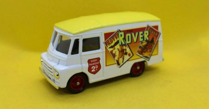 "Lledo ""Rover"" Days Gone van"