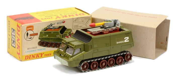 """Dinky 353 """"UFO"""" Shado 2 Mobile - green, large brown rollers with grey rubber tracks, pale grey interior, with yellow and red Missile"""