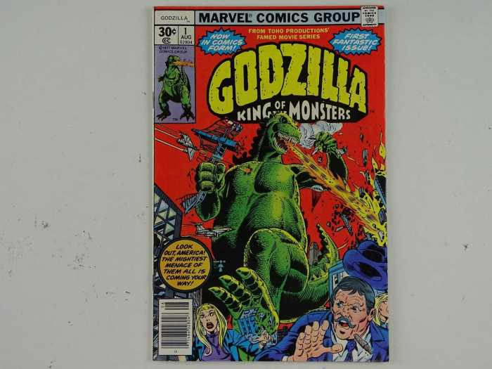 GODZILLA #1 - (1977 - MARVEL) - First US comic book appearance for Toho's famous monster - Nick Fury, Jimmy Woo, Dum-Dum Dugan appearances - Herb Trimpe cover and interior art