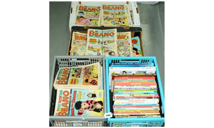 Vectis regularly offers large bundles of comics like these 1980s Beanos and more, both British and Amercan, with gems to be had in job lots. Image: Vectis