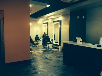 wink-eyebrow-threading-austin-indoor