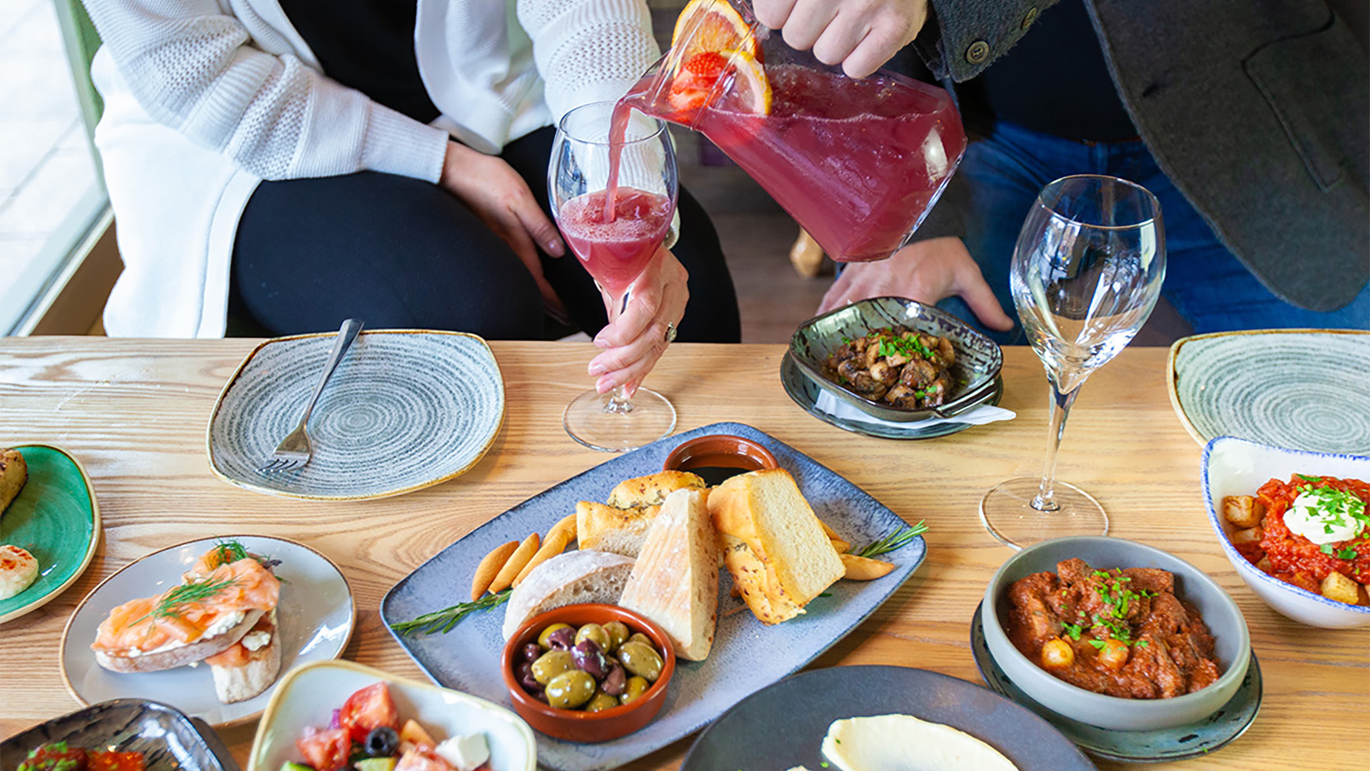 Trunk Lounge Brings Flavours From Around the World to Bramhall
