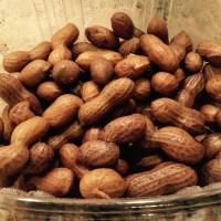 Pinoy Streetfood: Nilagang Mani (Boiled Peanuts)