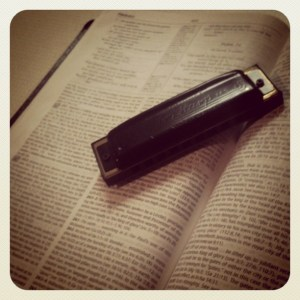harmonica, commitment, Disciples, world, influence