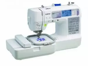 Brother SE400 Combination Computerized Sewing & 4x4 Embroidery Machine Brand New