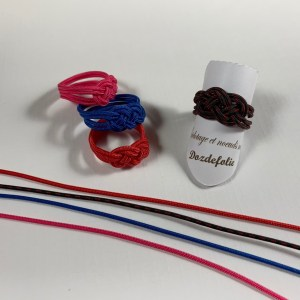 Bague nœud de carrick Noir+Rouge