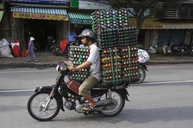 overloaded-motorcycle-16