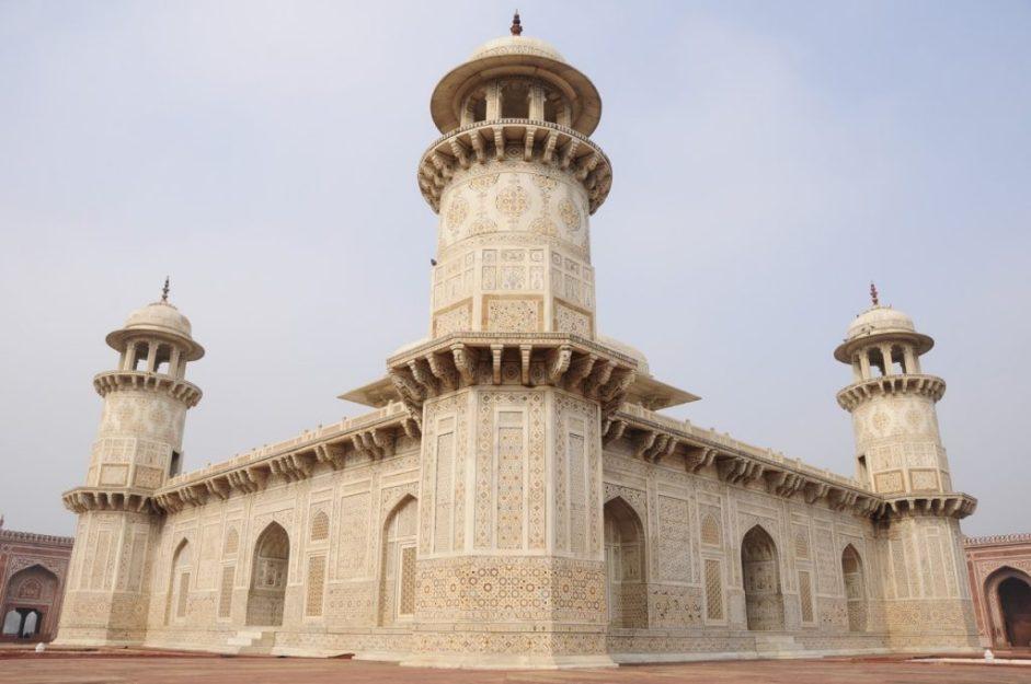 Amazingly Beautiful: Itimad-Ud-Daulah Agra