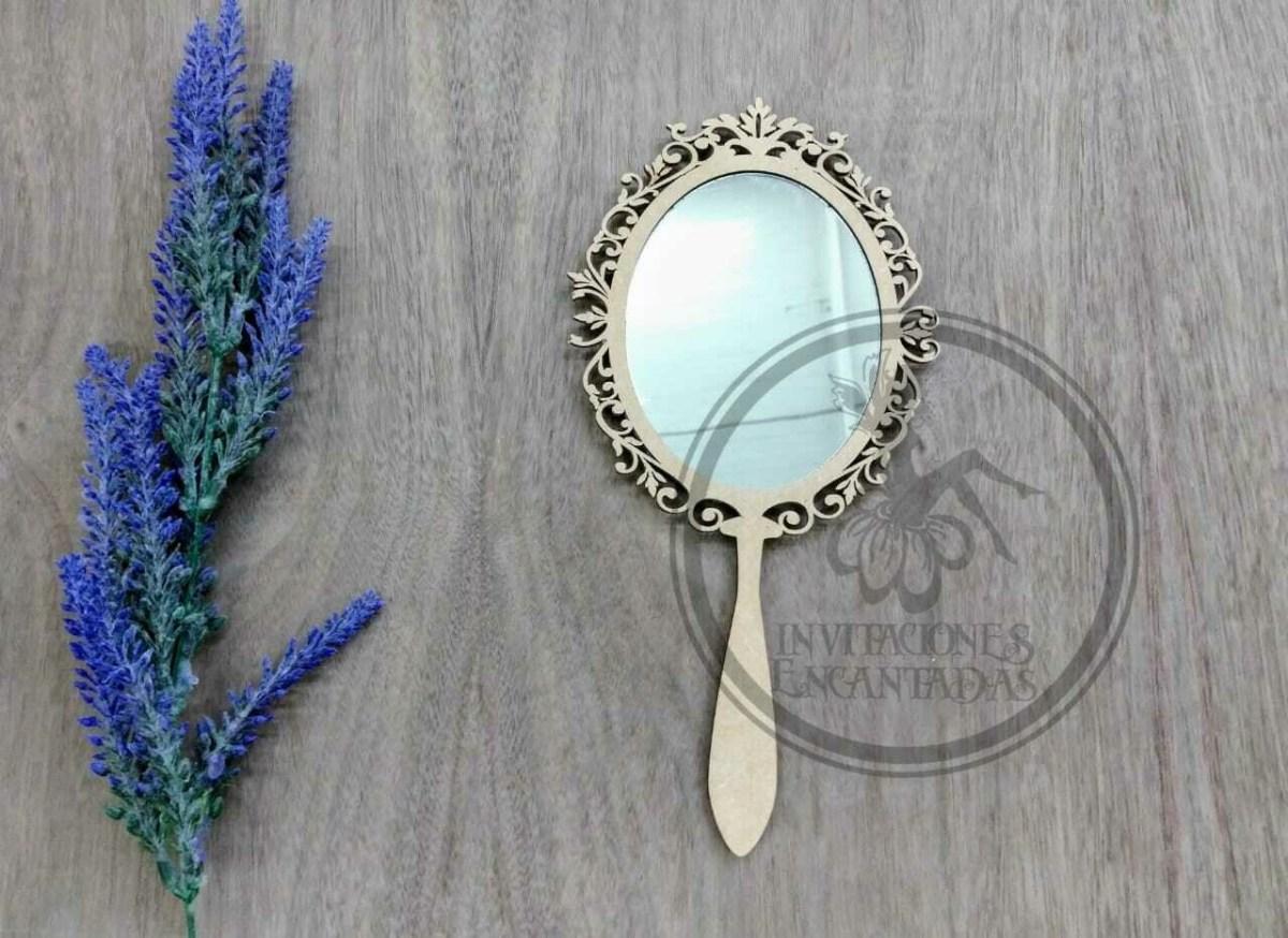 Espejo de mano de MDF con acrílico espejo y grabado láser