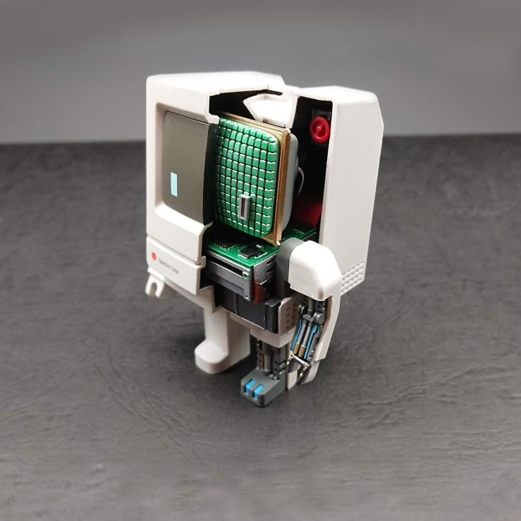 Classicbot Classic Cutaway Version Pre-order