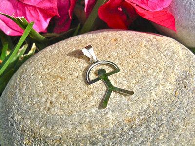 Indalo pendant ~  classic, fine flat 30mm, silver