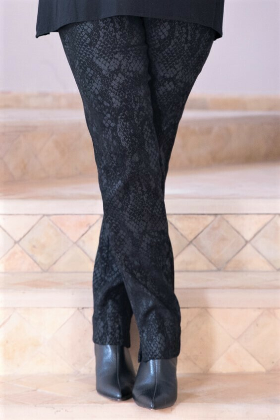Robell Marie - Black snake print stretch trousers