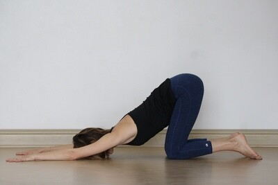 ASANA: Melted Heart, Reverse Needle + Reclined Cowface Arms