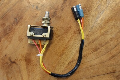 1964 1965 Lincoln CONVERTIBLE REAR WINDOW Actuator Striker Switch