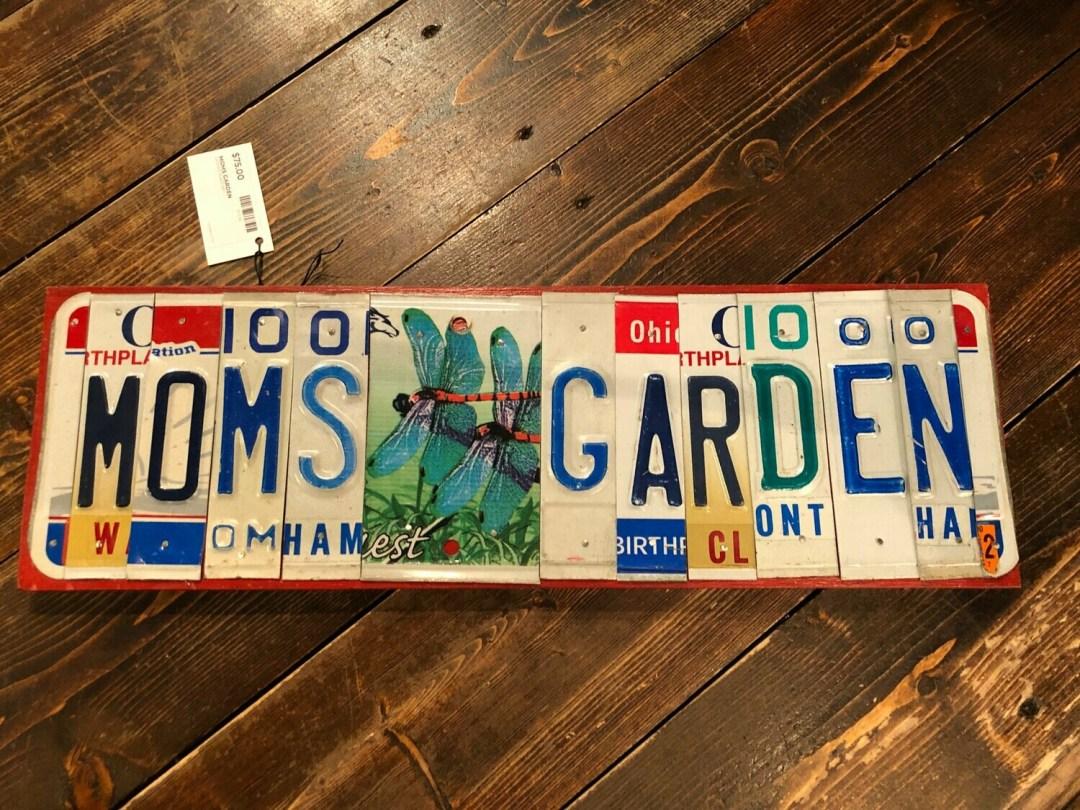 License Plate Art Mom's Garden