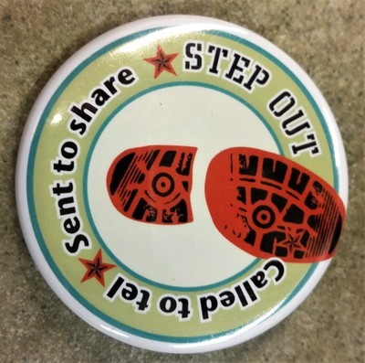 Step Out X-Large Button
