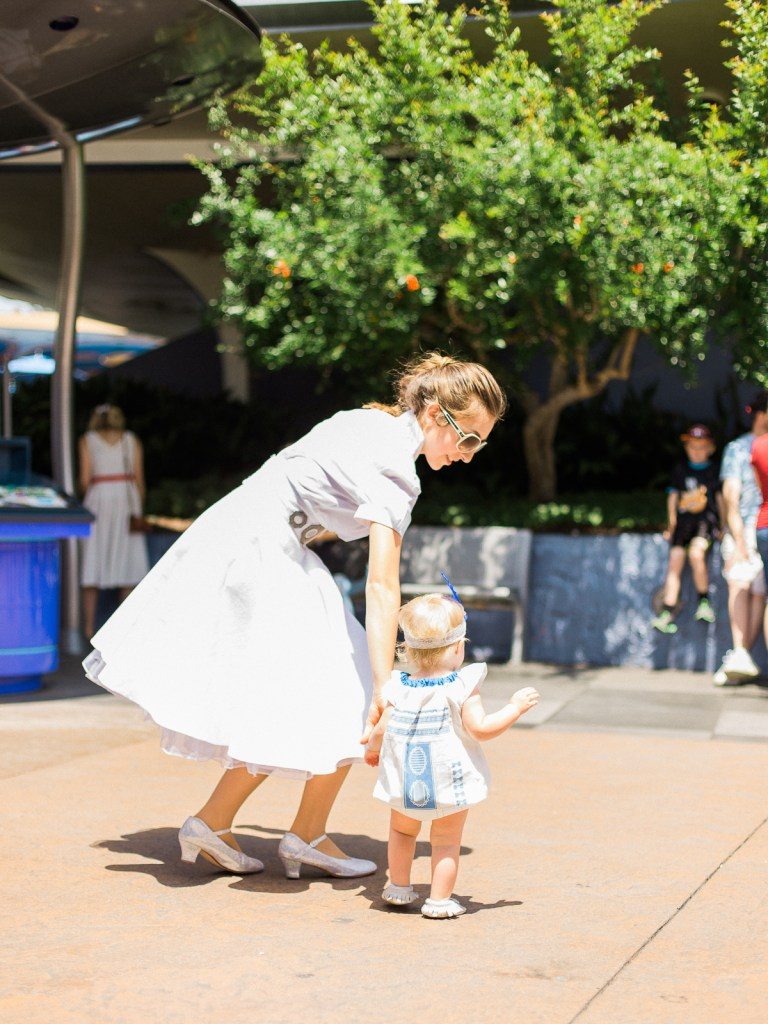 Dapper-Days-Disneyland-Family-Photography-McDonald-Family-4
