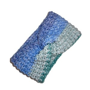 crochet earwarmer in blue and pale green