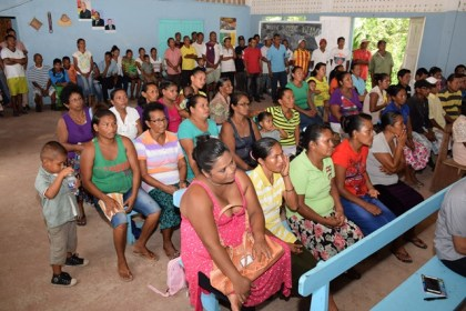 A section of White Water residents at the meeting with Minister in the Ministry of Communities, Dawn Hastings- Williams