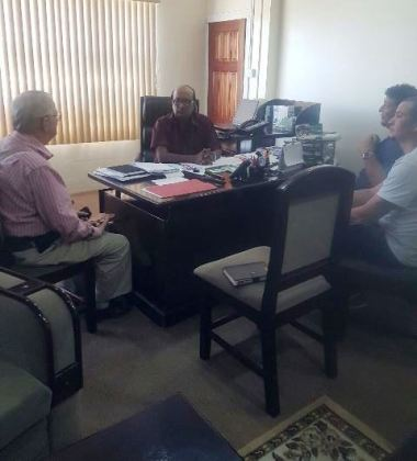 CEO of NAREI Dr. Oudho Homenauth and team in discussion with Denys Bourque, AMCAR's Project Manager
