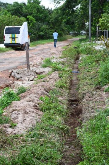 Drains in the community of South, Amelia's Ward, Linden