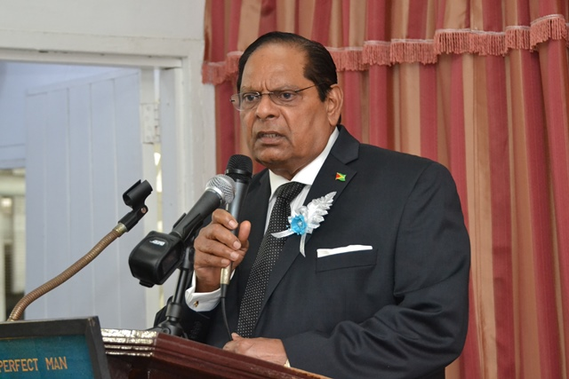 Prime Minister, Moses Nagamootoo delivering his tribute.
