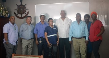 Minister Holder, officials from Noble House Seafood and other Ministry of Agriculture officials.