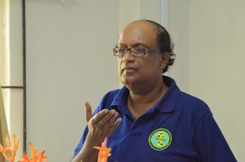 Chief Executive Officer of the National Agriculture Research and Extension Institute (NAREI), Dr. Oudho Homenauth