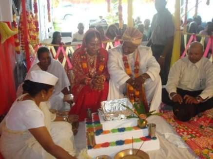 Performing a Hindu wedding ceremony