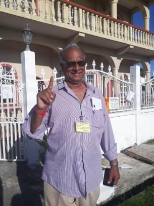 Need Kumar after casting his ballot.