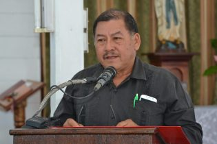 Minister of Indigenous Peoples' Affairs, Sydney Allicock during his tribute