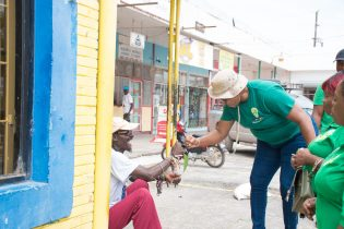 Minister Ferguson interacting with Linden residents