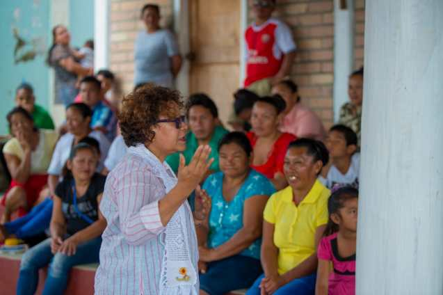 Minister within the Ministry of Indigenous Peoples' Affairs, Valerie Garrido-Lowe addressing the residents of Suruma