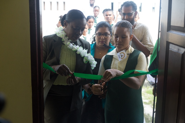 Minister of Education, Dr. Nicolette Henry commissioning the Canje Secondary School's Science Laboratory.