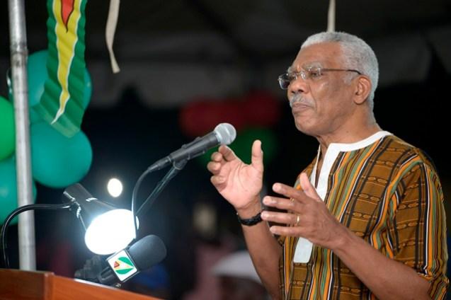 President David Granger addressing the residents of Mocha Arcadia.